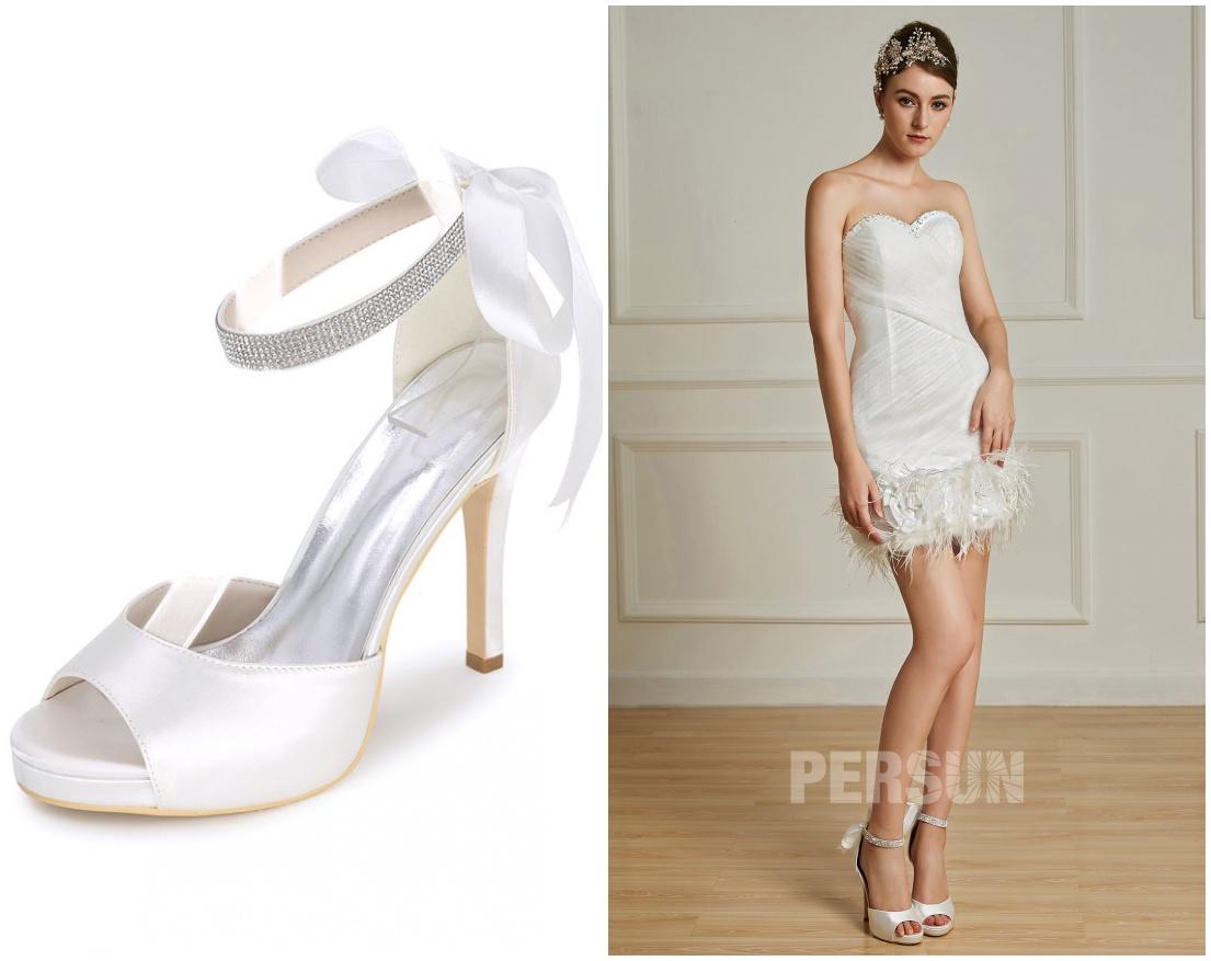 comment associer sandale talon haut avec robe mariée courte